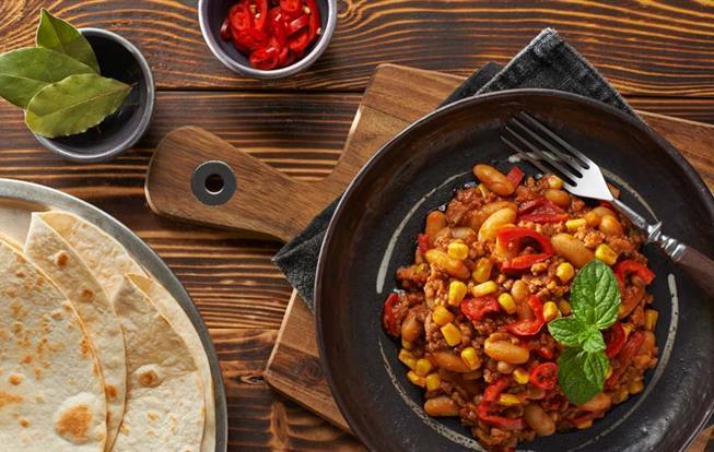 Mexické ragú s chrumkavými tortilami