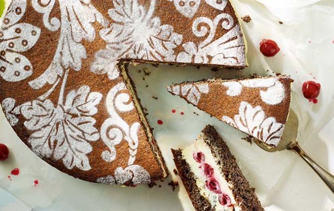 Makovo-višňová torta