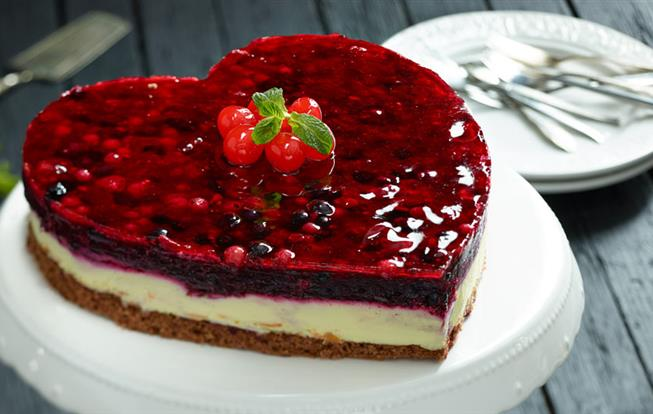 Tvarohovo-čokoládová torta s ovocím