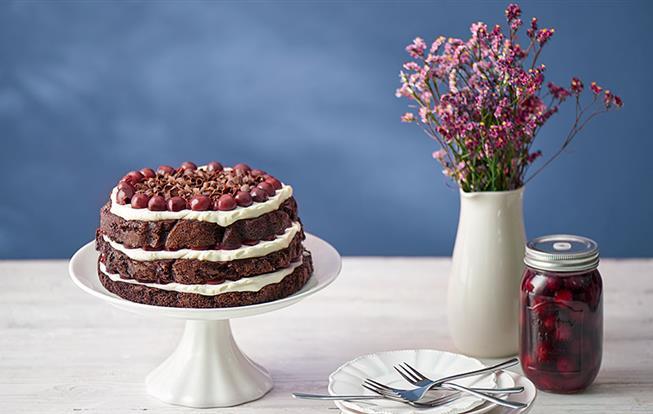 Smotanovo-višňová torta