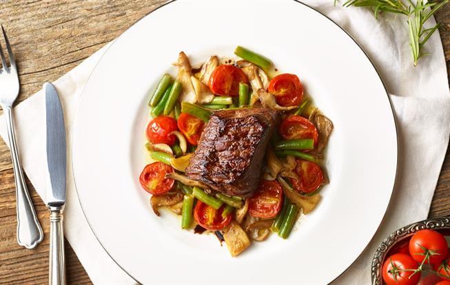 Grilovaný steak s balsamicovým vinaigrettom