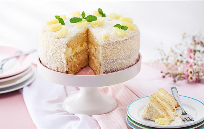 Ananásovo-kokosová torta