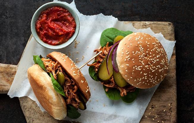 domaci-hamburger-s-bravcovym-masom