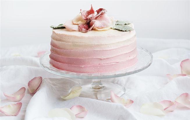 Ombre torta s tvarohom a malinami