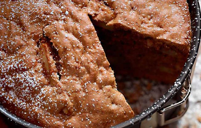 Škoricový koláč s jablkami