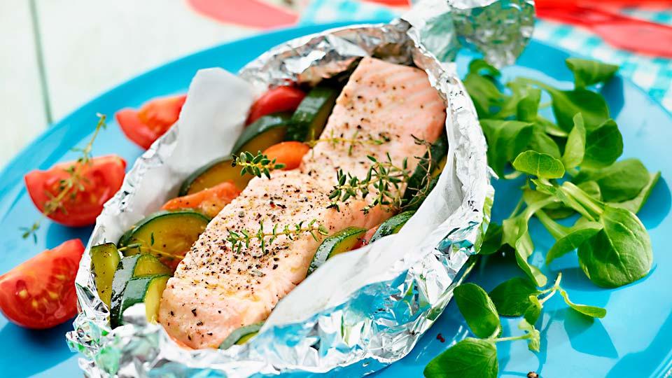 Farebná ryba v strieborných balíčkoch