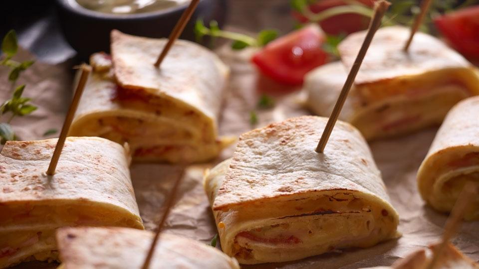 Zapekané tortillové roládky