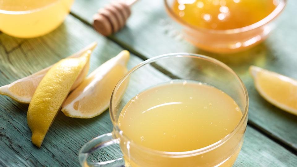 Horúca citrónová limonáda