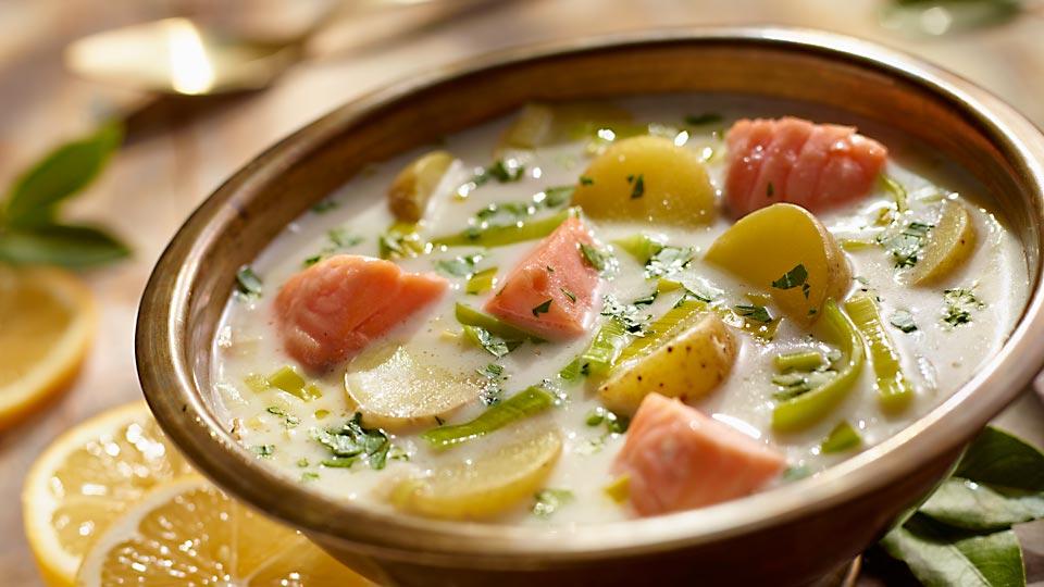 Zemiaková polievka s lososom
