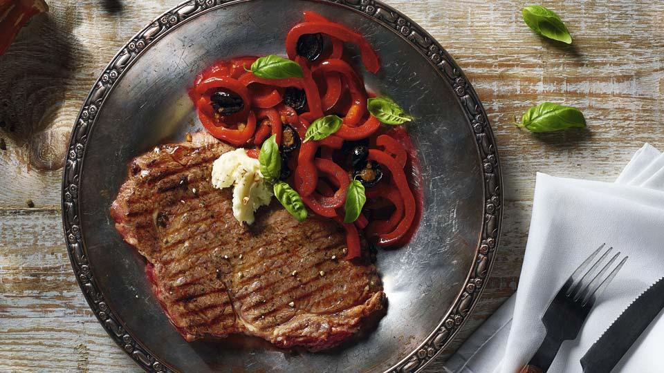 Rib Eye steak s restovanou paprikou