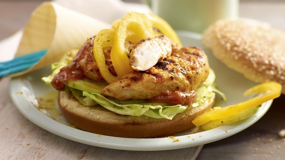 Pikantný burger s karí kurčaťom
