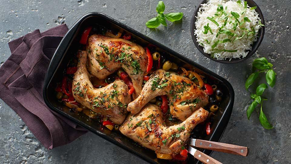 Pečené kuracie stehná s paprikami a bylinkami