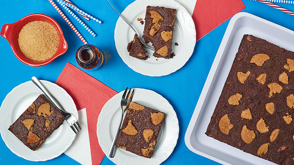 Brownies so sušienkami z arašidového masla