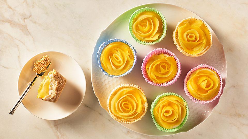 Nepečené mangové minicheesecakes
