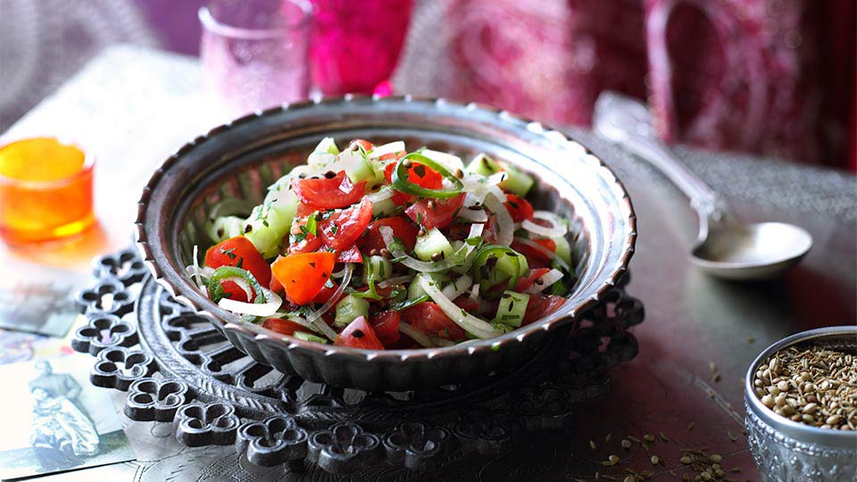 Chachumbar – indický paradajkovo-uhorkový šalát