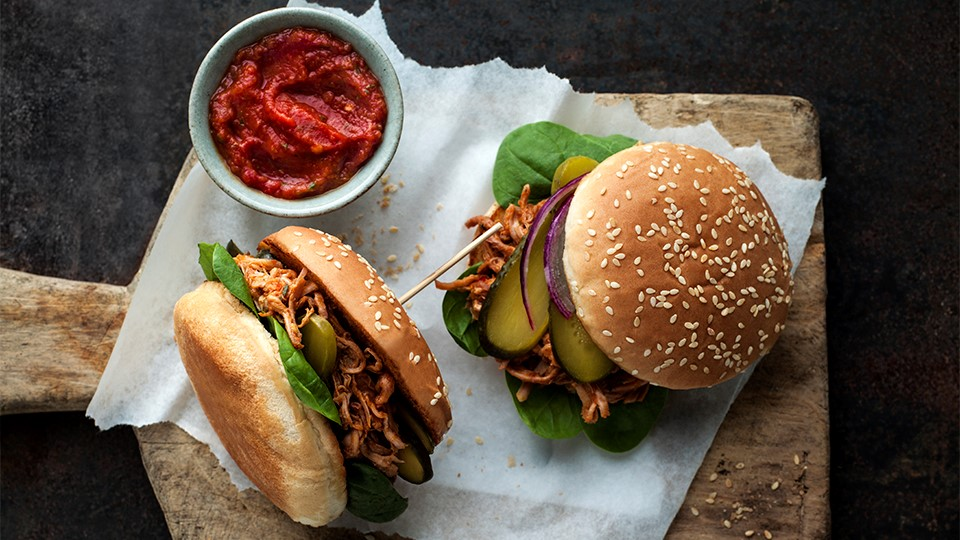 Domáci hamburger s bravčovým mäsom