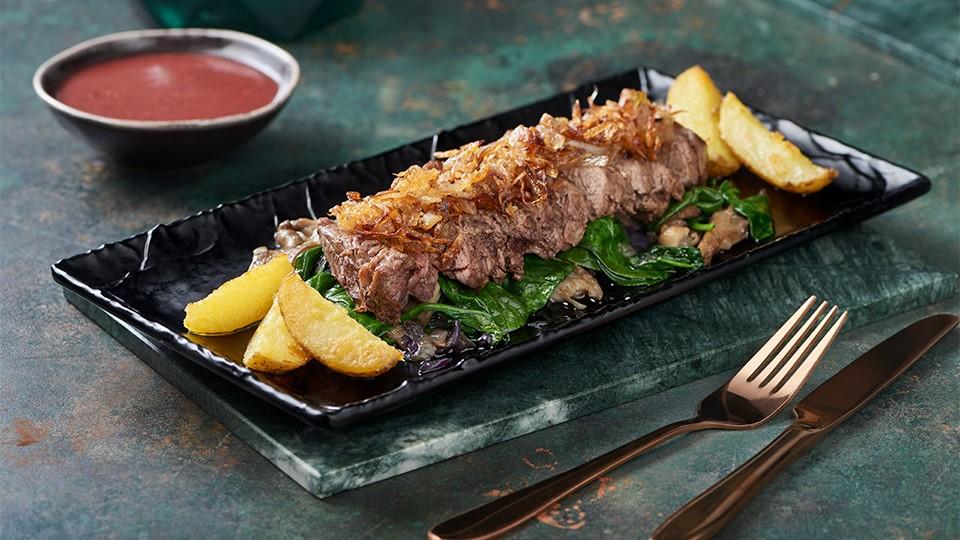 Hovädzí steak s hlivou ustricovou a vínovou omáčkou