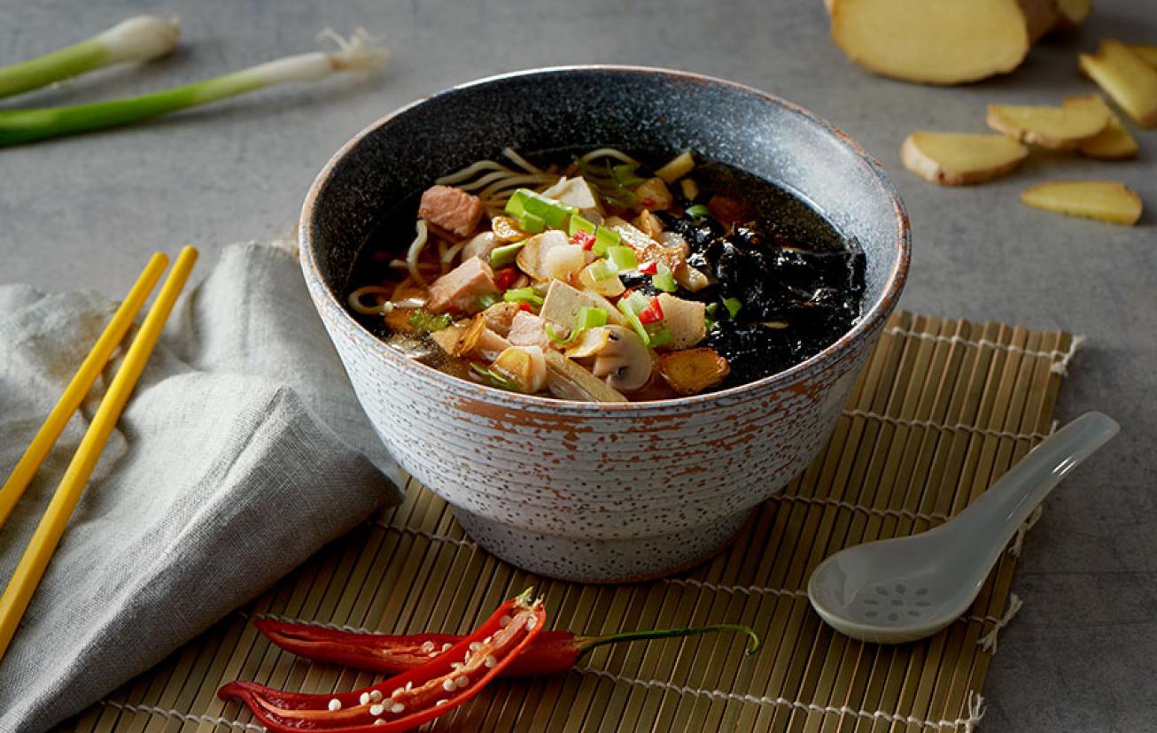 Lososová polievka na ázijský spôsob