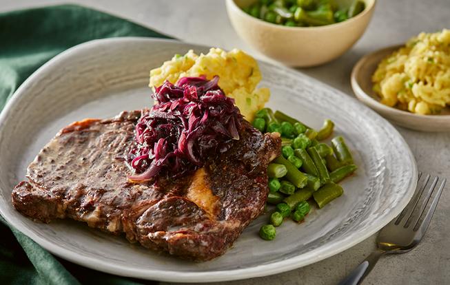 Šťuchané zemiaky s rib eye steakom