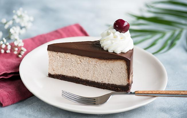 Gaštanový cheesecake s višňami
