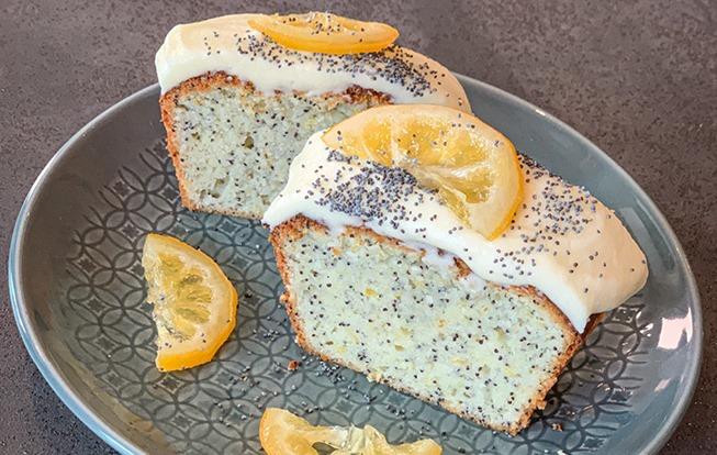 Citrónový chlebík s makom