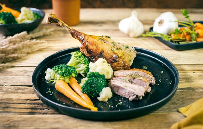 Pečená hus so zeleninou