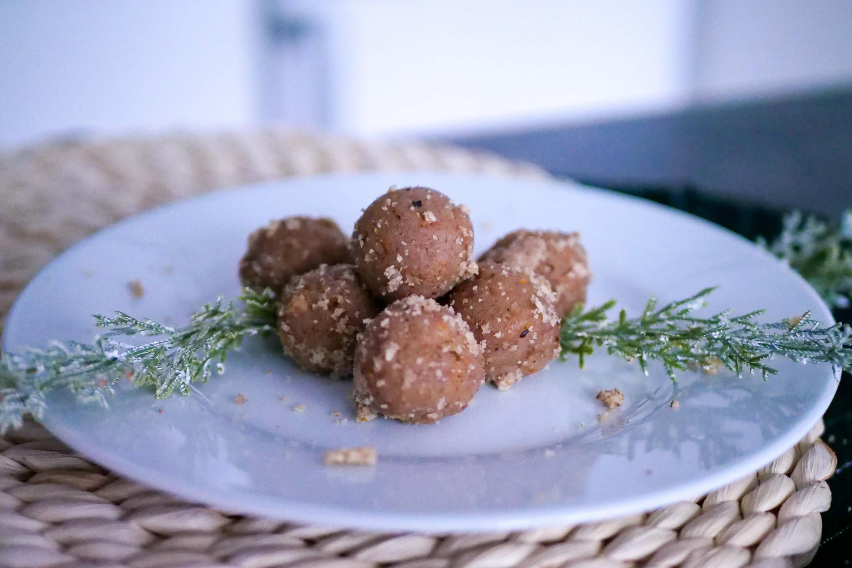 Medovo-orechové gule