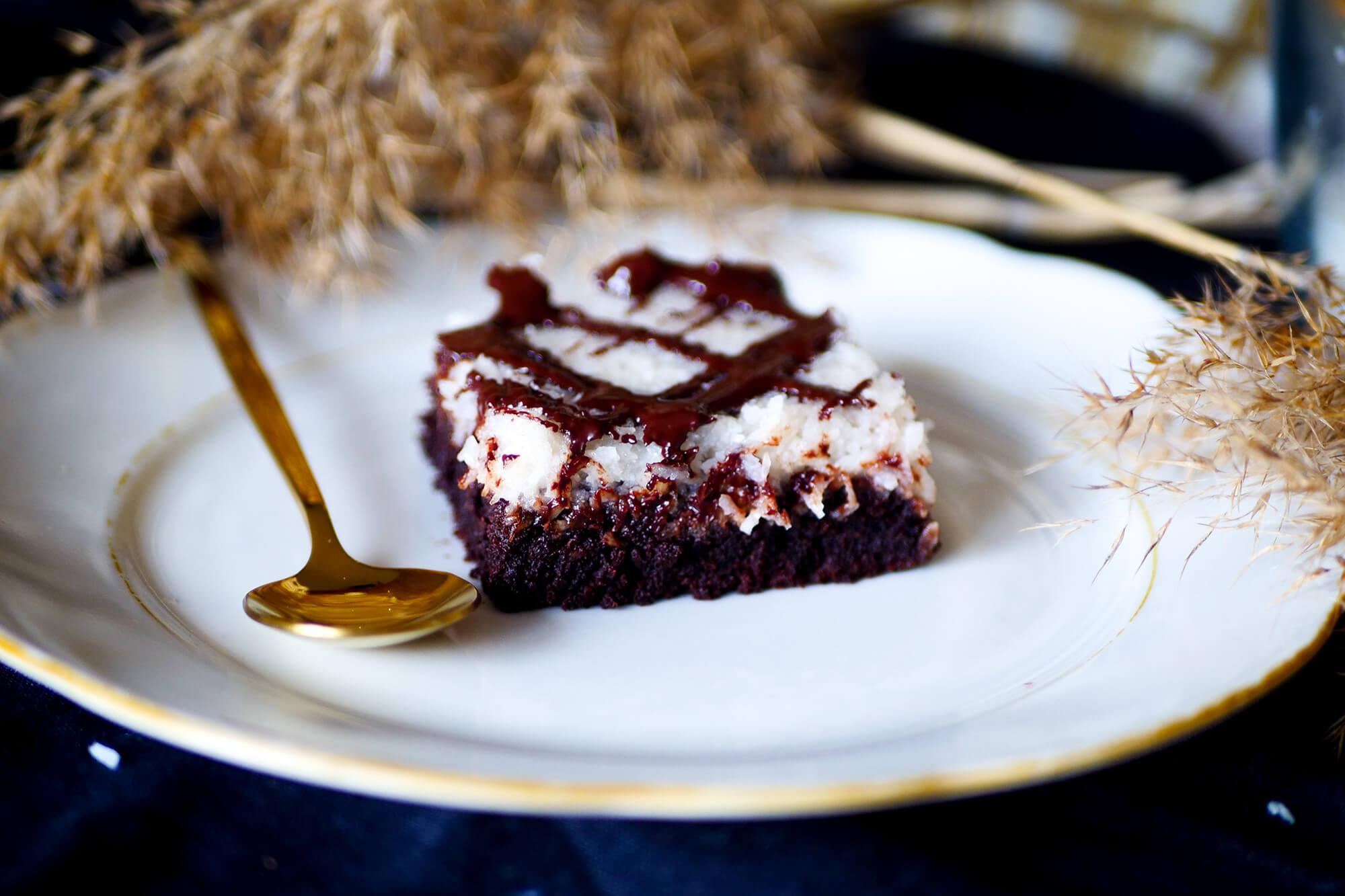 Čokoládovo-kokosový koláč